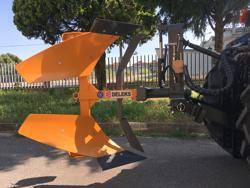 aratro voltaorecchio con ribaltamento idraulico per trattore mod drhp 35