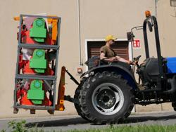 forca porta bancali per trattore agricolo d 700