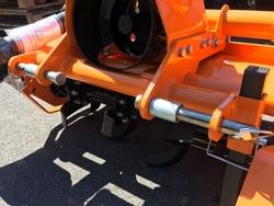 zappatrice spostabile per trattore tipo carraro pasquali valpadana