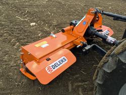 zappatrice per trattore serie media 150cm di lavoro spostamento manuale mod dfm 150