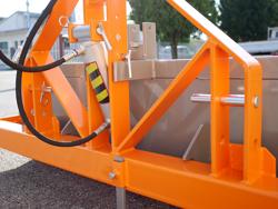 pala idraulica per trattore con benna rinforzata da 180cm e attacco 3 punti mod pri 200 h