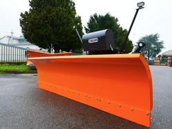 sgombraneve frontale attacco a piastra per trattore o camion mod ssh 04 3 0 a