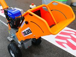 biotrituratore a scoppio con motore yamaha produzione di cippato mod dk 800 yamaha