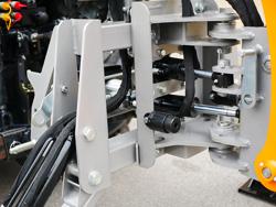 retroescavatore universale portato con benna per trattore agricolo mod dk 1950