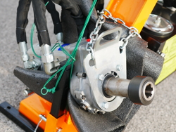 braccio idraulico decespugliatore per la potatura delle siepi e rami mod falco 180