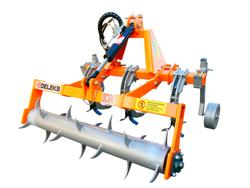 ripuntatore dissodatore a 3 ancore con rullo frangizolle per trattore dc300h