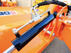 trincia argini per trattore serie pesante a mazze 180cm di taglio trinciasarmenti mod alce 180
