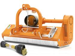 trincia per trattore tipo kubota carraro spostabile e taglio da 100cm a mazze o coltelli mod lince sp100