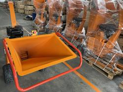 biotritturatore a motore cippatrice idraulica per la produzione di cippato mod dk 1300e bs
