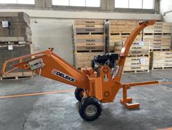 biotritturatore a motore cippatrice idraulica per la produzione di cippato mod dk 1300e axo
