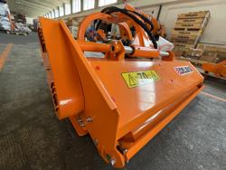 trinciatrice a spostamento idraulico per trattrici da frutteto mod jaguar 150