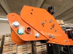 trinciatrice a spostamento idraulico per trattrici da frutteto mod jaguar 170