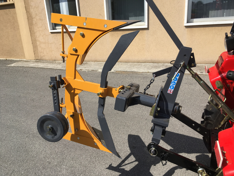 aratro-voltaorecchio-con-ribaltamento-a-leva-per-trattore-mod-drp-35