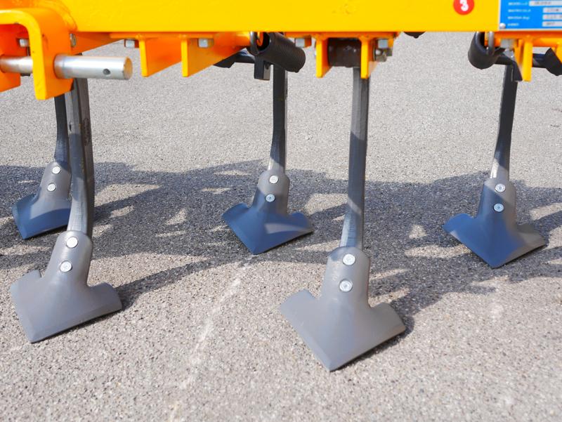 estirpatore-215cm-tiller-a-molle-per-la-preparazione-del-terreno-mod-de-215-9-v