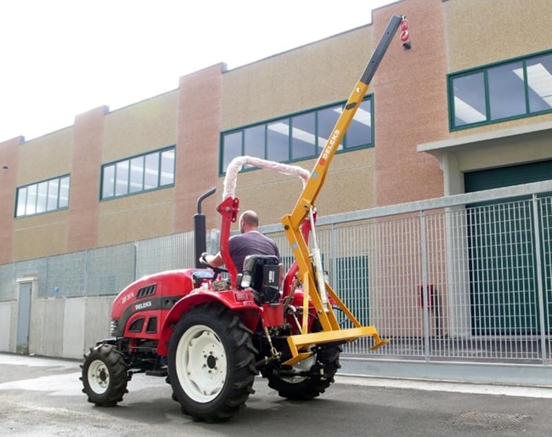 gru-idraulica-per-trattore-agricolo