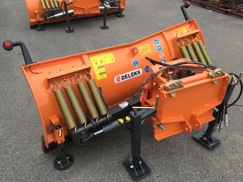 sgombraneve-a-piastra-serie-media-per-trattore-mod-ln-175-a
