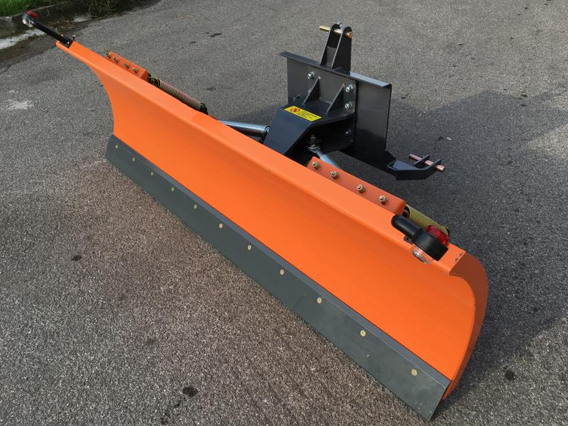 spazzaneve-serie-media-attacco-a-3-punti-per-trattore-mod-ln-200-c