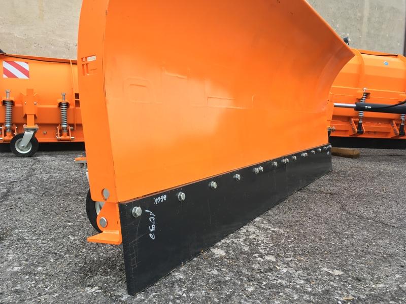 lama-sgombraneve-a-3-punti-per-trattore-agricolo-mod-ssh-04-2-2-c