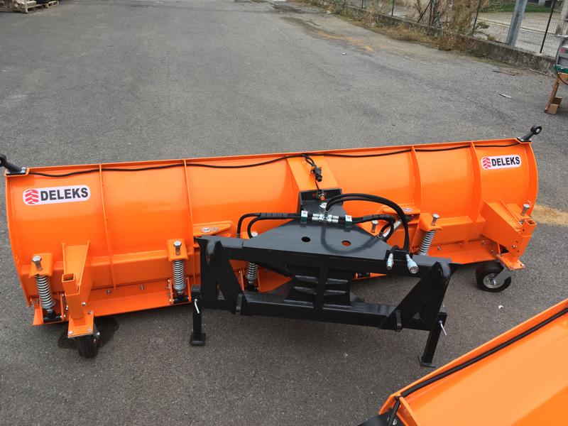 lama-sgombraneve-per-caricatore-frontale-del-trattore-mod-ssh-04-2-6-e