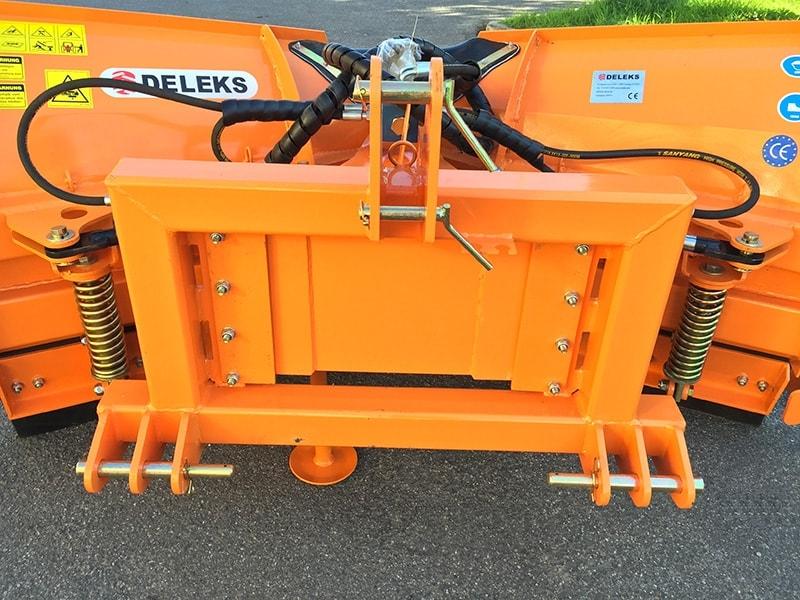 pala-a-vomere-frontale-250cm-sgombraneve-per-trattore-mod-lnv-250-c