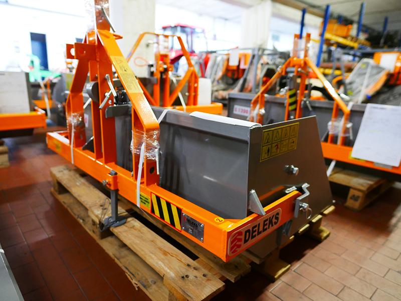 paletta-120cm-con-ribaltamento-a-leva-per-trattore-pala-meccanica-mod-prm-120-l
