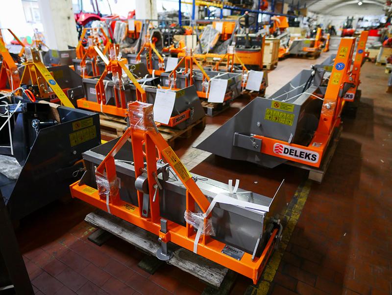 pala-idraulica-rinforzata-per-trattore