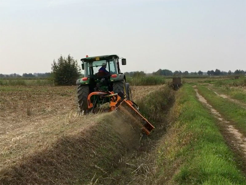 trincia-argini-per-trattore-serie-pesante-a-mazze-180cm-di-taglio-trinciasarmenti-mod-alce-180