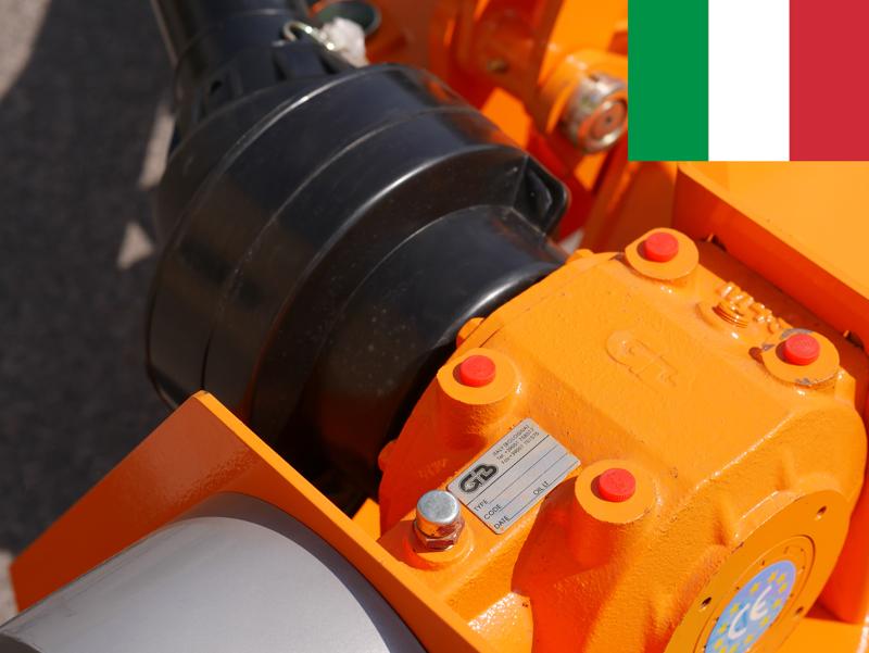 trincia-laterale-con-scatola-interna-per-trattori-in-frutteto-e-argini-deleks