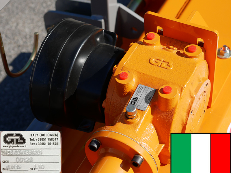 trinciasarmenti-spostabile-per-trattrici-media-potenza-trincia-a-mazze-mod-puma-180