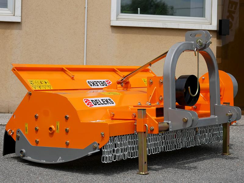 trincia-a-mazze-serie-medio-pesante-per-trattori-a-utilizzo-universale-mod-tigre-180