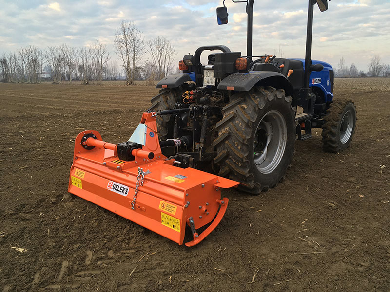 zappatrice-per-trattore-serie-media-150cm-di-lavoro-spostamento-manuale-mod-dfm-150