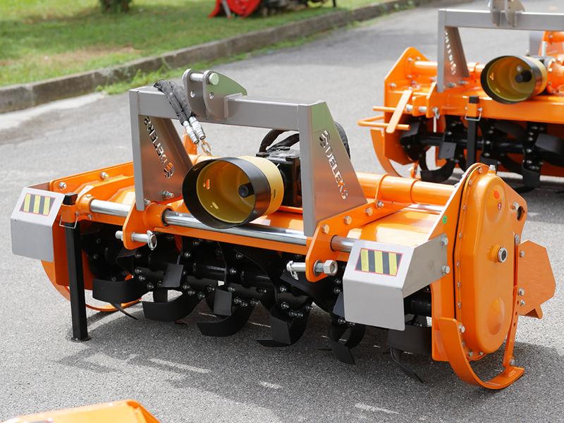 zappatrice-con-spostamento-idraulico-per-vigneto-135cm-serie-pesante-mod-dfh-idr-135
