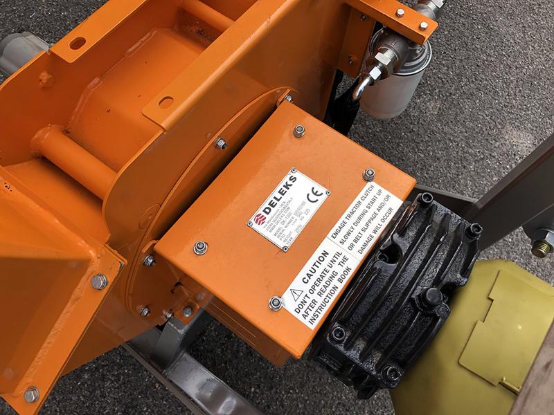 biotritturatore-a-cardano-per-trattore-cippatrice-idraulica-per-la-produzione-di-cippato-mod-dk-1300