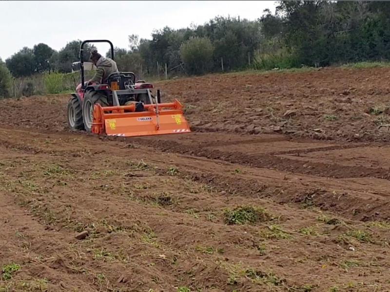 zappatrice-per-trattore-serie-pesante-lavoro-180cm-per-la-fresatura-del-terreno-mod-dfh-180