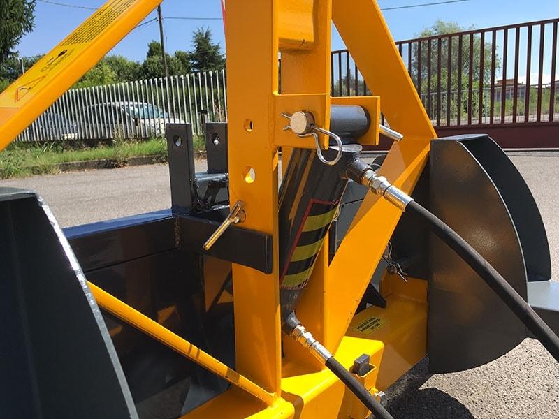 pala-idraulica-140cm-rinforzata-con-attacco-per-muletto-mod-pri-140-hm