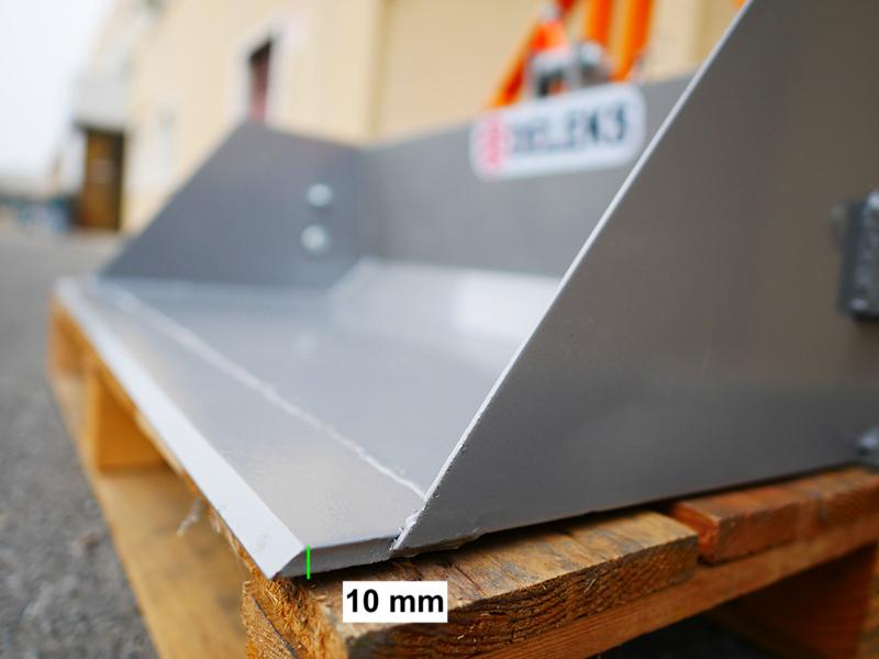 pala-con-ribaltamento-idraulico-per-muletti-120cm-leggera-mod-pri-120-lm