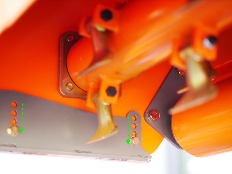 trinciatrice-per-trattore-reversibile-o-per-uso-frontale-nel-filare-spostamento-idraulico-mod-rino-160-rev