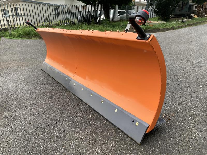 lama-da-neve-250cm-serie-media-attacco-euro-per-pala-frontale-del-trattore-mod-ln-250-e
