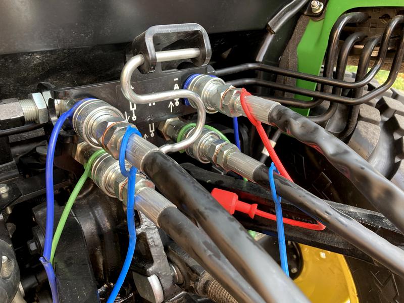 trincia-argini-a-mazze-leggera-polivalente-per-trattore-mod-volpe-100