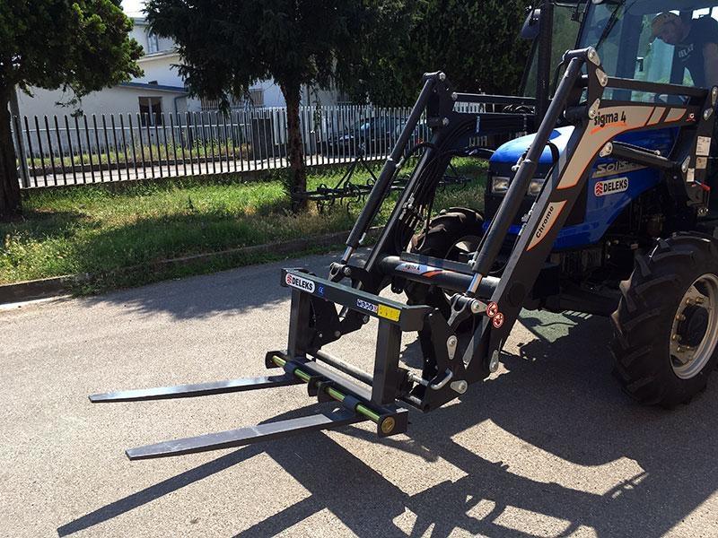 forca-porta-bancali-per-trattore-agricolo-d-700-e