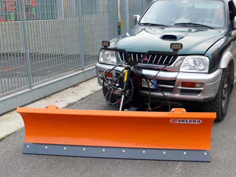 sgombraneve-serie-leggera-per-fuoristrada-4x4-mod-lns-170-j
