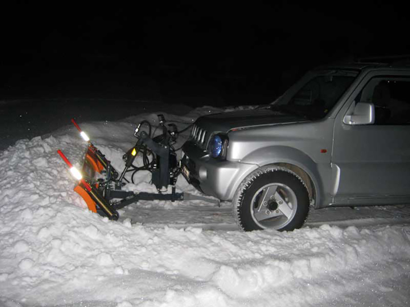 sgombraneve-serie-leggera-per-suv-jeep-fuoristrada-mod-lns-210-j