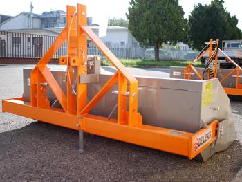 pala-a-ribaltamento-manuale-per-trattore-agricolo