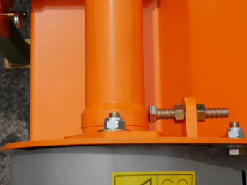 trinciatrice-professionale-200-deleks-per-trattore
